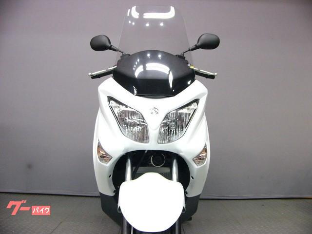 スズキ バーグマン200 最新モデル 国内仕様 新車の画像(京都府
