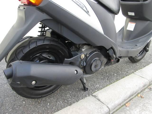 スズキ アドレスV125G タイヤ前後新品の画像(大阪府