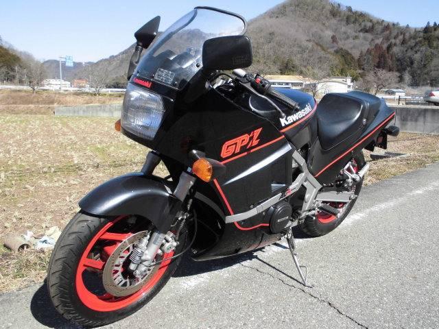 カワサキ GPZ400Rの画像(京都府