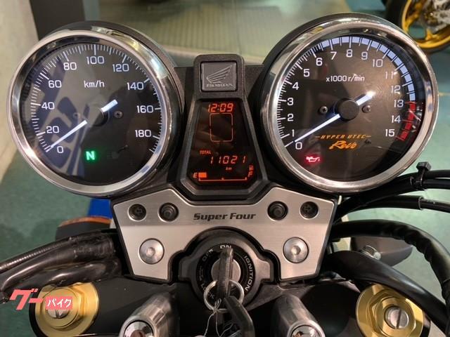 ホンダ CB400Super Four VTEC Revo 前後タイヤ新品 グリップヒーターの画像(京都府