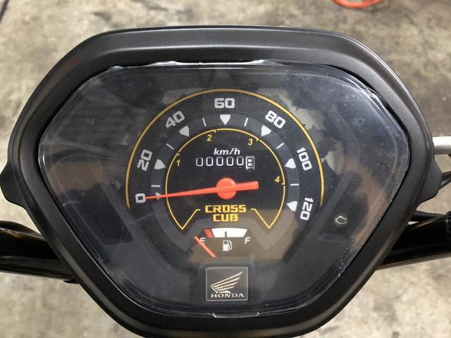 ホンダ クロスカブ110 最新モデル LEDヘッドライトの画像(兵庫県