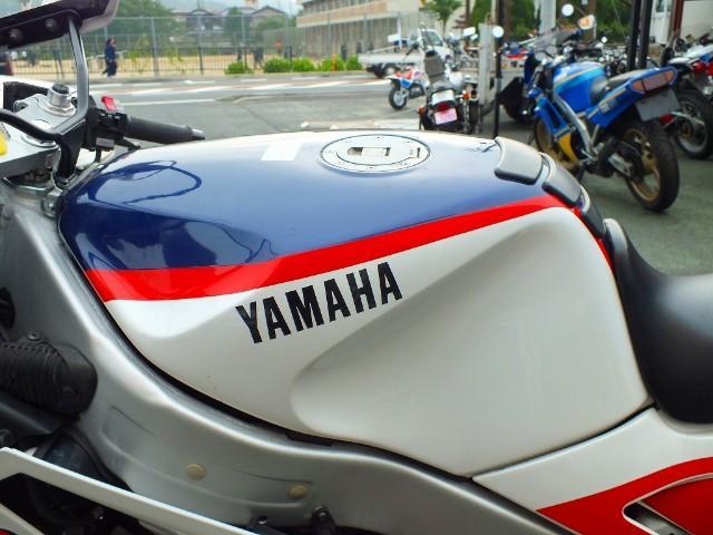 ヤマハ FZR750の画像(京都府