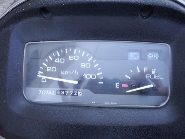 スズキ ヴェクスター125 後タイヤ・バッテリー新品の画像(兵庫県