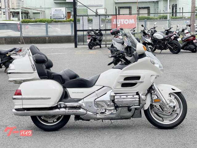 ゴールドウイング GL1800