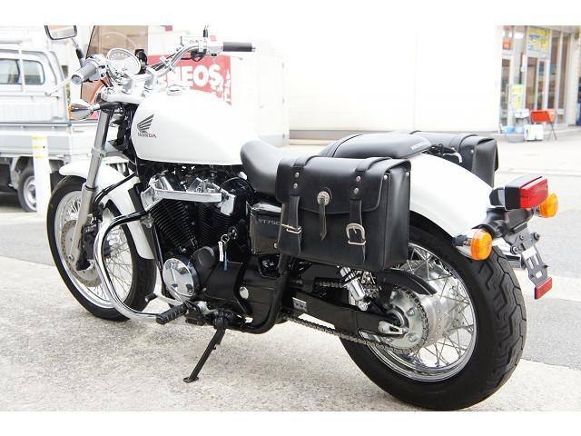 ホンダ VT750S スクリーン エンジンガード 左右サイドバックの画像(兵庫県