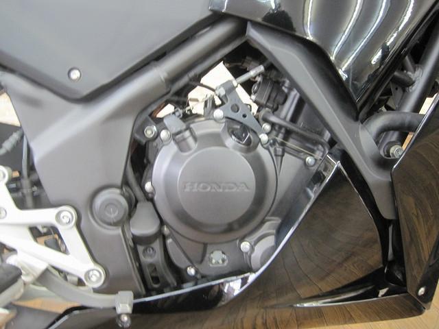 ホンダ CBR250R 後期モデル イモビライザー メットホルダー装備の画像(大阪府