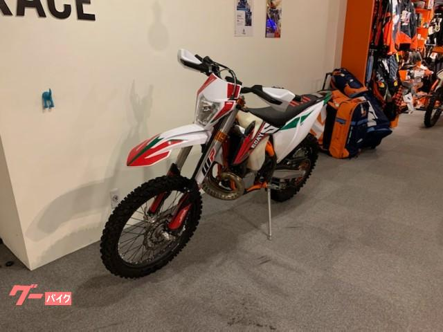 KTM 250EXC TPI SIXDAYS 2020年モデルの画像(京都府