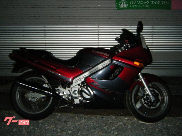 ZZ−R250
