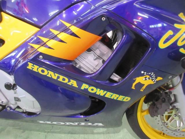 ホンダ CBR600F スモーキンジョーカラー限定車の画像(福岡県