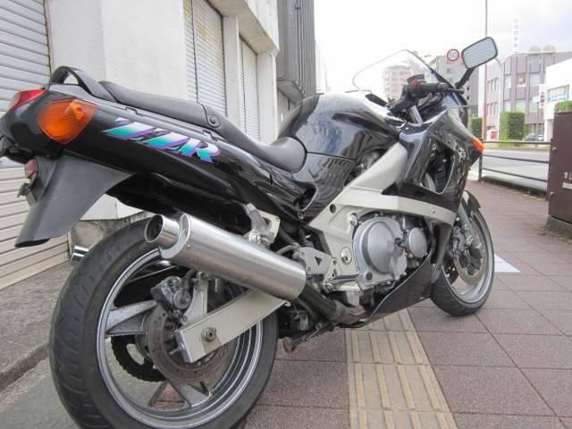 カワサキ ZZ-R400の画像(宮崎県