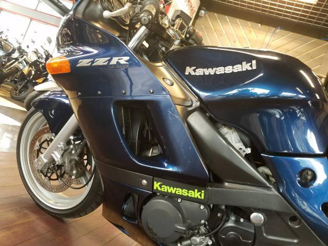 カワサキ ZZ-R400の画像(長崎県