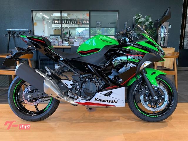 Ninja 400 KRT 2022年モデル