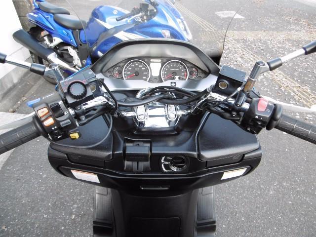 スズキ スカイウェイブ250 タイプM T-SHIFT ロングスクリーン グリップヒータの画像(福岡県