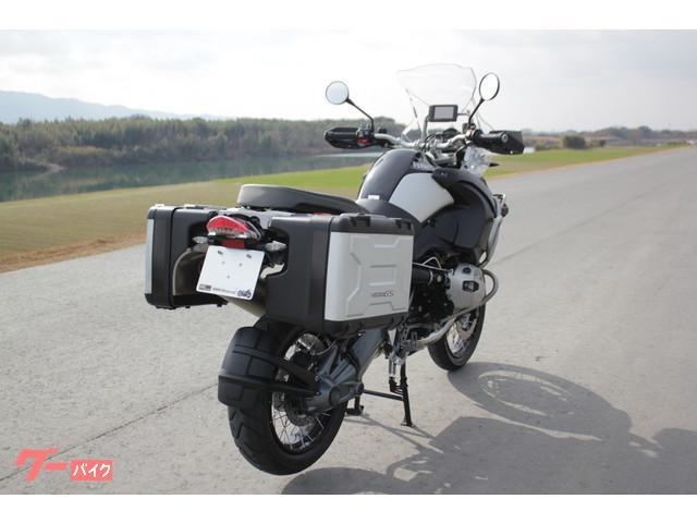 BMW R1200GSアドベンチャー アクラボビッチマフラー付きの画像(福岡県