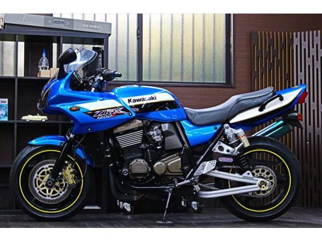 カワサキ ZRX1200S 社外マフラー ハーフカウルの画像(佐賀県