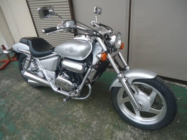ホンダ V-TWIN MAGNA 2型の画像(熊本県