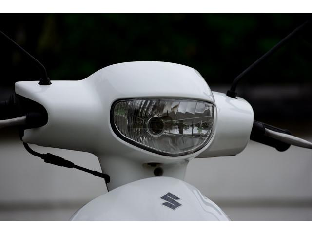 スズキ レッツ4 前後タイヤ バッテリー新品の画像(福岡県