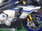 ヤマハ YZF-R1M アクラボビッチマフラー バルターモトバックステップ カーボンパーツ多数の画像(佐賀県