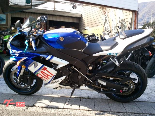 ヤマハ YZF-R1 FIATカラー・Bステップ・フェンダレスの画像(福岡県
