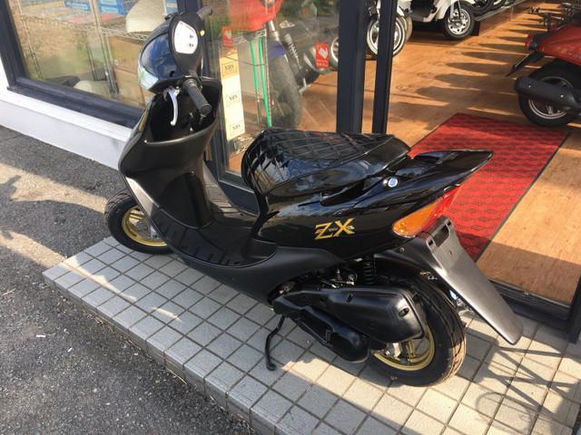 ホンダ ライブDio ZX 外装新品 本物3番エンジンの画像(福岡県