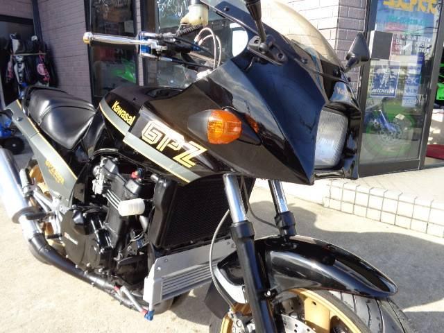 カワサキ GPZ900Rの画像(宮城県