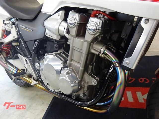 ホンダ CB1300Super ボルドール Techserfuマフラー 純正オプションセキュリティの画像(宮城県