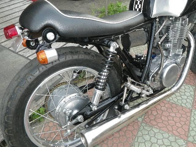ヤマハ SR400 カフェレーサー ペイントンプレイス No1962の画像(秋田県