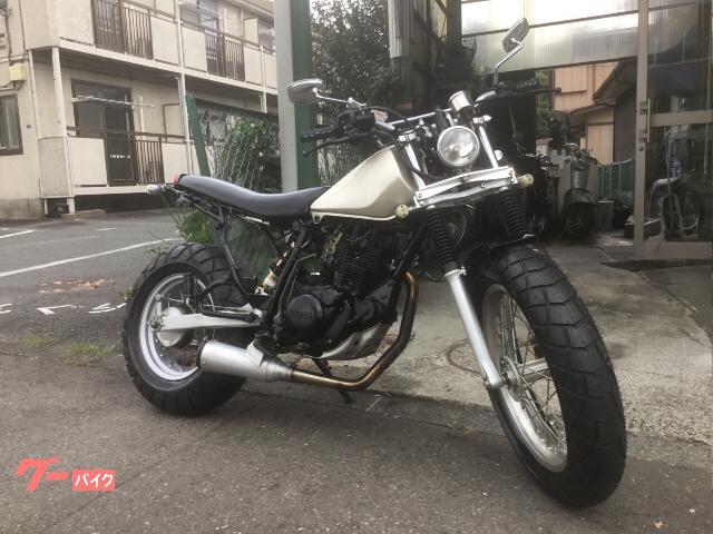 TW200E