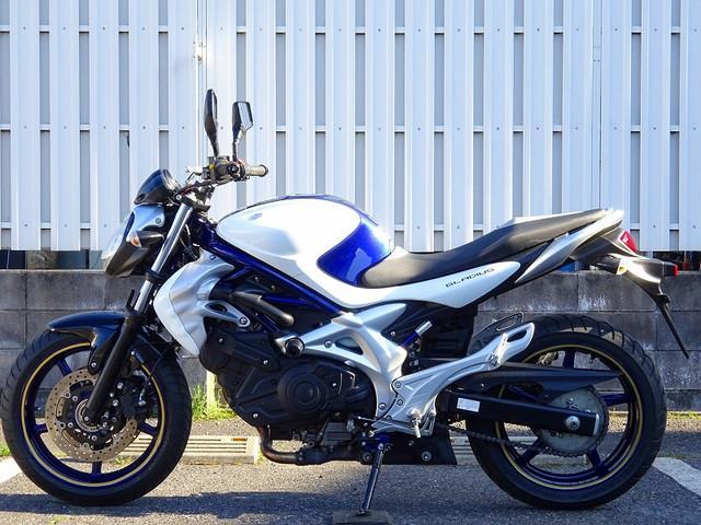 スズキ グラディウス400 盗難アラーム エンジンスライダー カスタムキーの画像(埼玉県