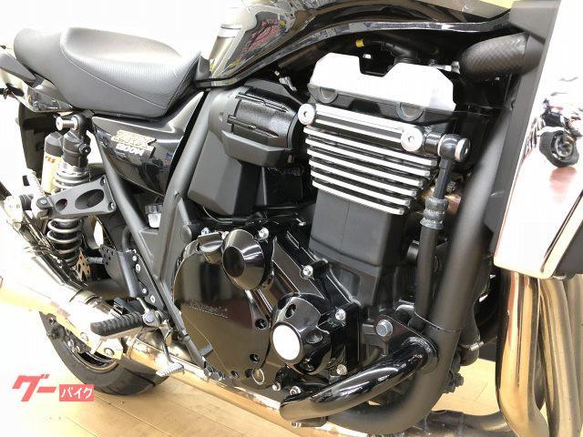 カワサキ ZRX1200 DAEG エンジンガード装備の画像(神奈川県