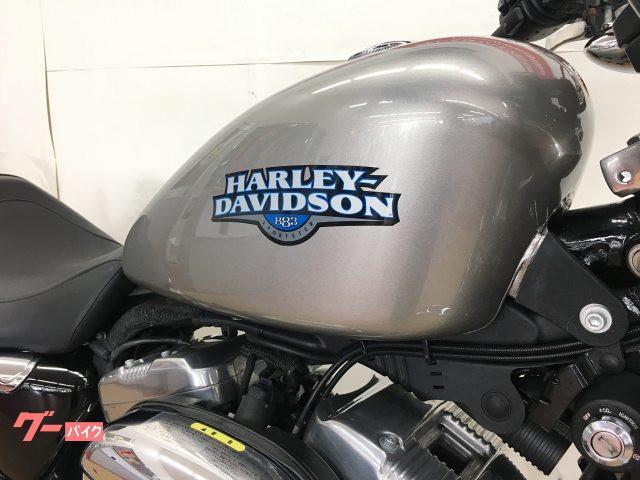 HARLEY-DAVIDSON XL883L ロー インジェクション スリップオンマフラー エンジンガードの画像(神奈川県