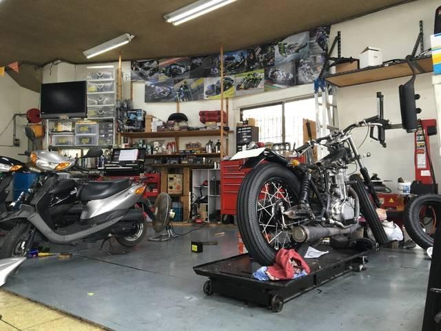 安心の認証工場完備です!車検、オイル交換、etc、バイクに関して気になりる事はお気軽にご相談下さい!