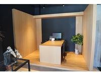 落ち着いた雰囲気でスタッフとじっくりと話を進められる商談スペースをご用意しております。