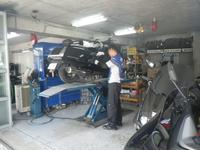 タイヤ交換の、お客様には、工賃、バランス取り、サービス中!!皆様に、安心して修理、アフターを任せていただける様、工場設備、スタッフ一同日々頑張っています。