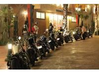 当店お客様とナイトランなども企画したりバイク好きの仲間がかなり増えます!カスタム事などまたバイクとは関係ない話など楽しく集まれるミーティングも企画有りますので是非参加してみてはいかがでしょう?