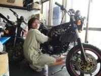 オートバイにとって整備は必要不可欠で重要な事。きっちりと整備されたオートバイはいつまででも楽しく安全に乗れる物です。