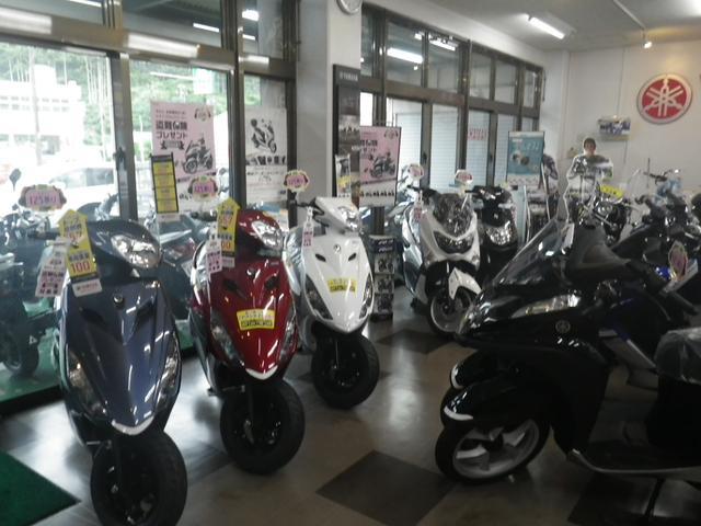 ヤマハ専売店として、50ccスクーターから、大型バイクまで取り扱っています!